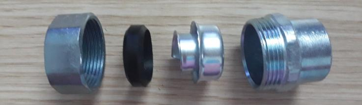 Đầu nối ống EMT với ruột gà 5