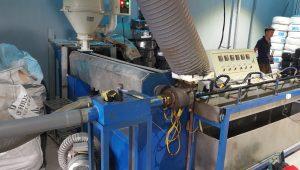 Máy sản xuất ống ruột gà lõi thép