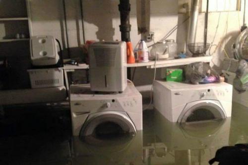 Xử lý đúng cách thiết bị điện sau khi bị ngập nước